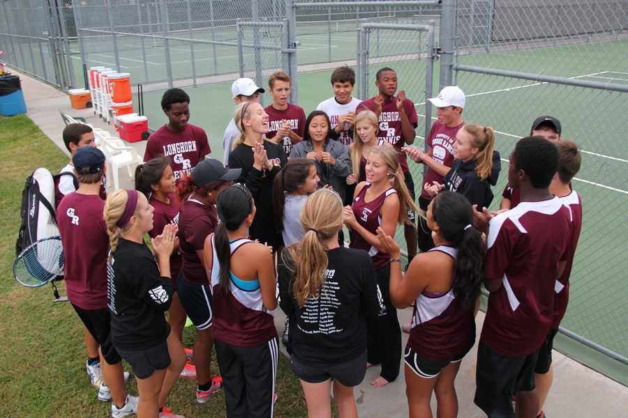 Varsity Tennis Competes in District Tournament