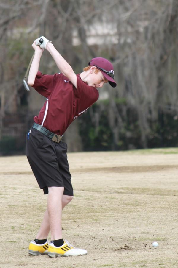 Boy's and Girl's Varsity Golf going to the region tournaments