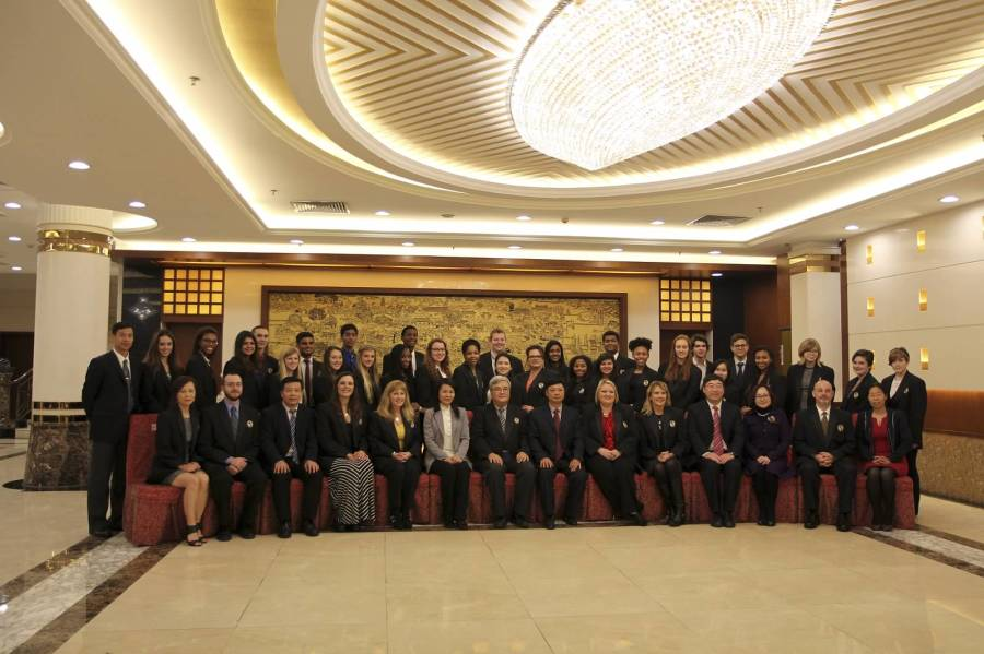 George+Ranch+students+and+staff+and+the+Foshan+Delegates+at+the+Welcome+Dinner.