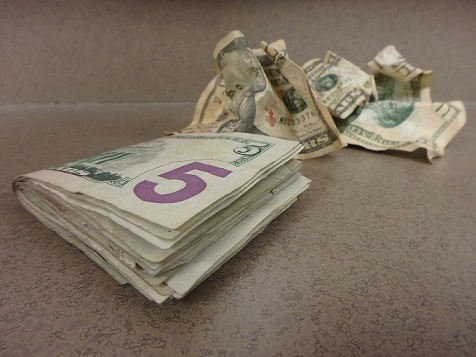 Bra Money