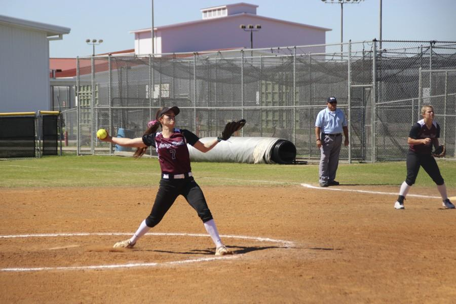 Lexi Tovar extends to release a stellar pitch.