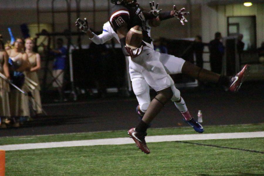 Quintin Morris makes a spectacular catch.