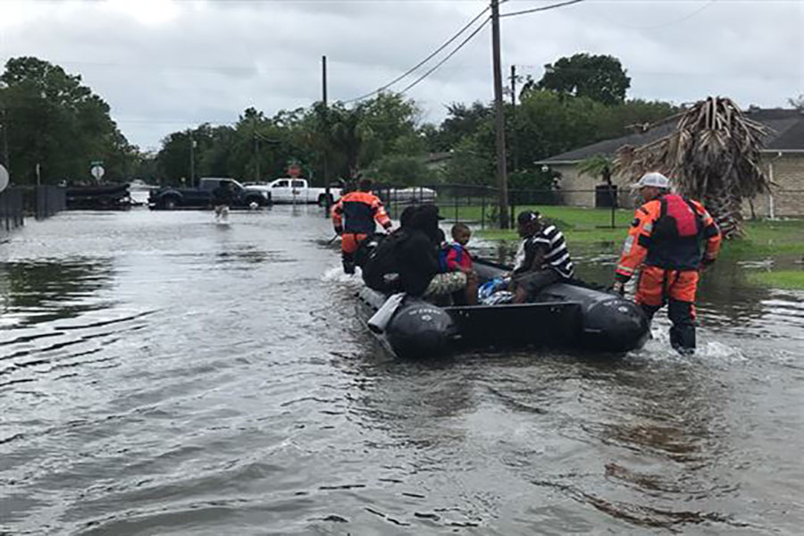 https://commons.wikimedia.org/wiki/File:Texas_Army_National_Guard_Hurricane_Harvey_Response.jpg