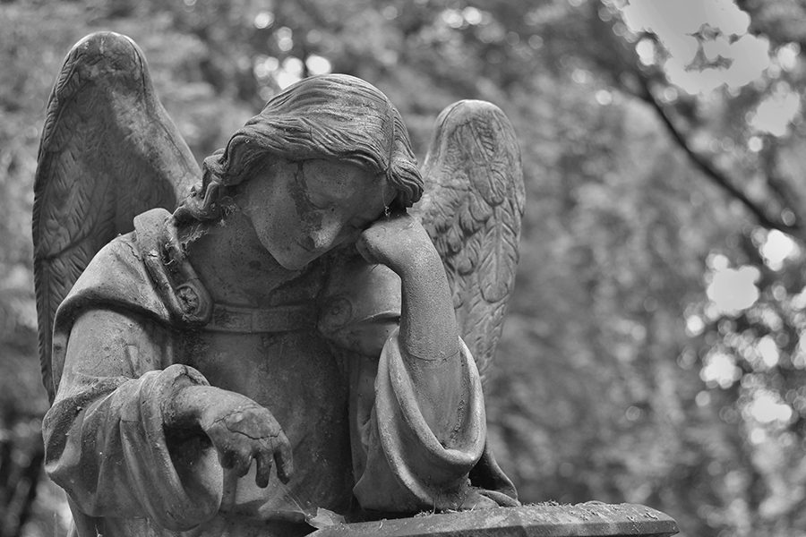 https://www.pexels.com/photo/angel-black-and-white-cemetery-death-161871/