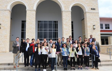 At the end of the day the teachers from China gathered in front of George Ranch for a group picture.