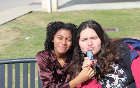Daniela Hernandez and Aamaya Khan talk Astroworld and the recent school shootings in America!