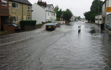 https://commons.wikimedia.org/wiki/File:Flash_flood_-_geograph.org.uk_-_657563.jpg