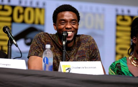 Chadwick Boseman speaking at the 2017 San Diego Comic Con International.