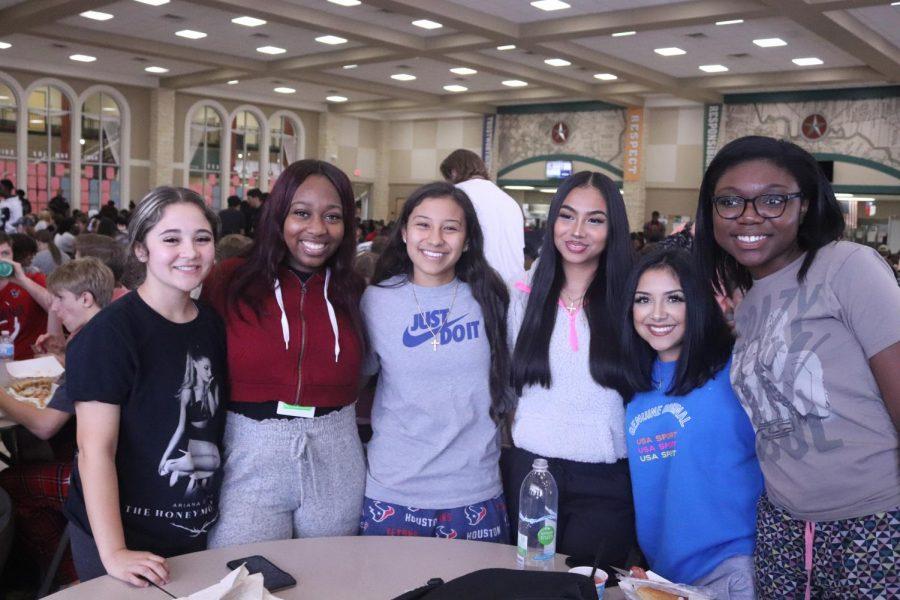Nailea Badilo (12), Breena Coleman (12), Natalie Portillo (12), Hazel Mayrena (12), Bella Gonzales (12), Cydney Parks (12)