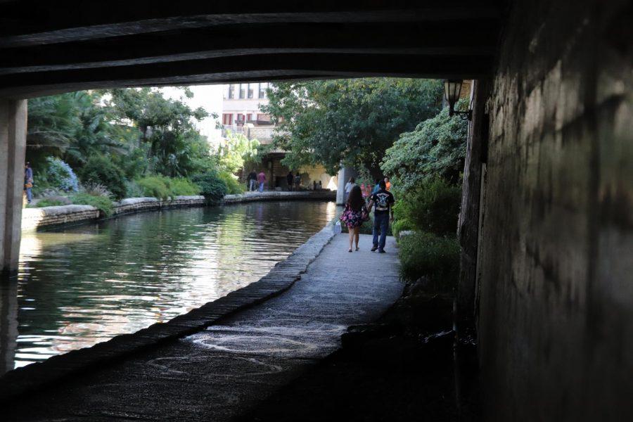 River walk lovers